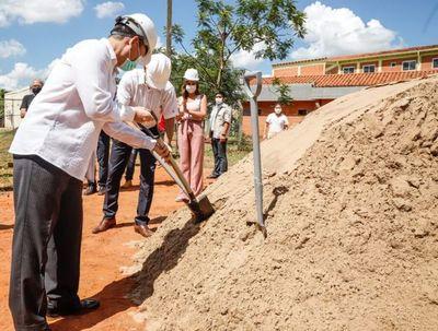 """Ampliarán capacidad asistencial del Hospital Pediátrico """"Niños de Acosta Ñu"""""""