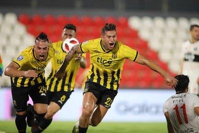 Javier Báez y su revancha: Del penal displicente al gol del desahogo