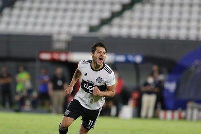 Iván 'Tito' Torres, ¡ocho veces campeón del fútbol paraguayo!