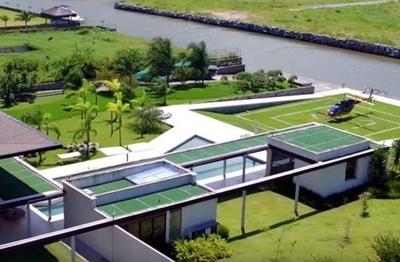 HOY / Neymar deja su mansión en Río y su asesor niega la organización de una fiesta