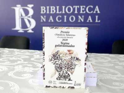 "Presentan libro ""Premio Natalicio Talavera"" a la creación literaria"