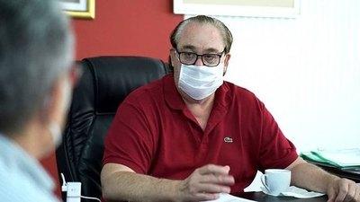 Crónica / Gobernador de Alto Paraná oreko jey el virus vai