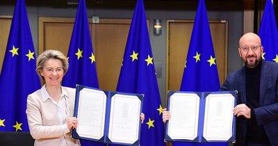 La Nación / El Brexit se completa en un día histórico para Europa