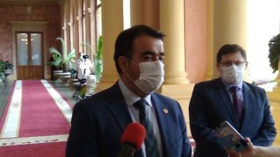 Ministro de Hacienda informa al Presidente sobre el intento de acuerdo entre Petropar y Texos