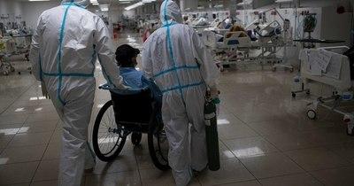 La Nación / Pacientes de COVID-19 con síntomas persistentes