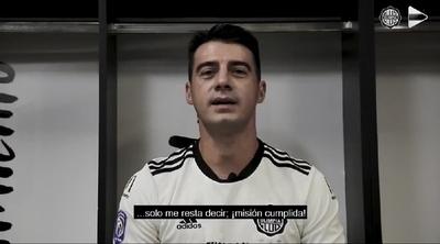 """La emotiva despedida de """"El emperador"""" Julio César Cáceres: """"Querido fútbol, solo me resta decir misión cumplida"""""""