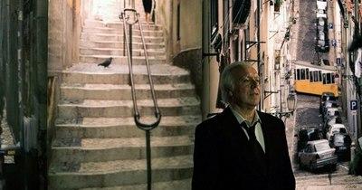 """La Nación / Muere en Portugal el cantante de fado Carlos do Carmo, """"la voz de Lisboa"""""""
