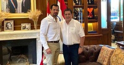 La Nación / Ulises Quintana mantuvo un encuentro con Horacio Cartes