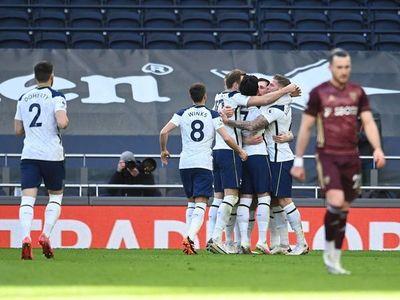 El Tottenham golea al Leeds de Bielsa