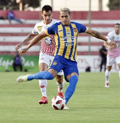 Tres equipos paraguayos están interesados en Orlando Gaona Lugo