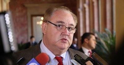 La Nación / Gobernador de Alto Paraná descartó que se haya reinfectado por COVID-19