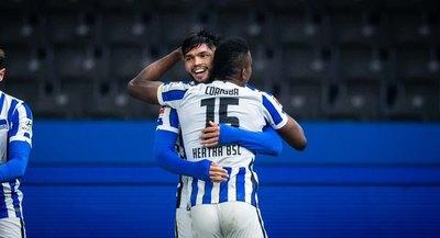 Hertha golea en la Bundesliga con Alderete como titular y figura