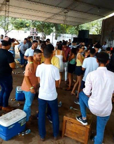 Según la policia solo 18 personas bailaron en Paso Barreto
