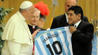 """Crónica / El Papa he'i: """"Diego era un hombre frágil"""""""