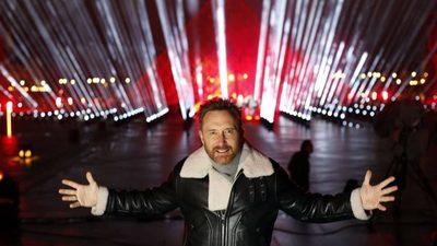 La impresionante bienvenida al año nuevo de la mano de David Guetta