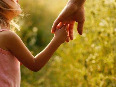 Madre pide que Justicia anule restitución de su hija a Canadá