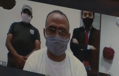 Un concejal electo brasileño toma posesión desde una prisión, donde está bajo sospecha de participar en un atraco