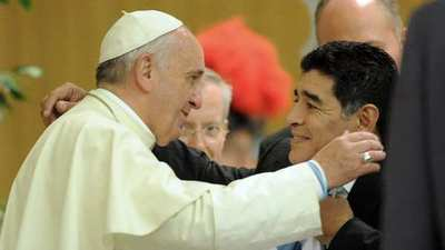 "Para el papa Francisco, Maradona era un ""hombre muy frágil"""