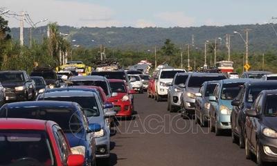 """HOY / Arranca el """"Operativo Retorno"""": aumenta flujo de vehículos en principales rutas nacionales"""