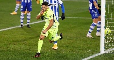 Luis Suárez rescata al Atlético Madrid, que vuelve a ser líder