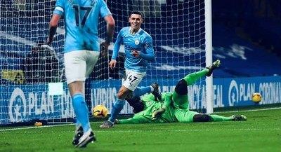 Manchester City golpea a un Chelsea que sigue cayendo