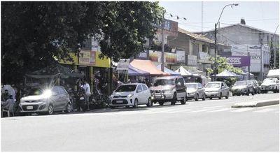 La Municipalidad y la SET facilitan el comercio informal en espacio público