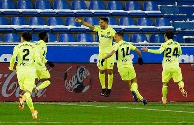 Suárez da triunfo a un Atlético que recupera la punta en La Liga