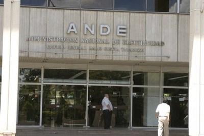 Unos 120.000 mil usuarios de la ANDE tienen órdenes de corte de energía que inicia desde hoy