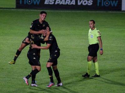 Rojas y Melgarejo, doblete guaraní en el empate de Racing