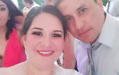 """Esposo de enfermera fallecida por covid demandará a dire de región sanitaria: """"Mi bebé sigue luchando por su vida"""""""
