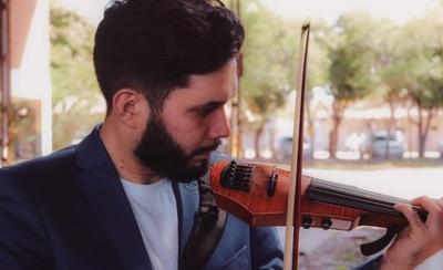 HOY / Fusiona el violín y el cine para expresar emociones en redes