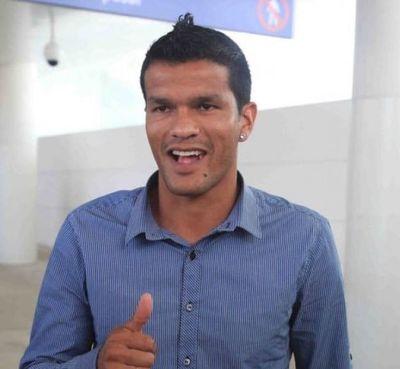 Ordenan captura del futbolista concepcionero Salustiano Candia