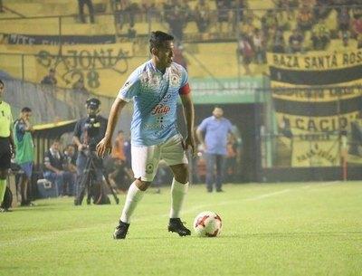 Crónica / Con la vista puesta en la Primera División