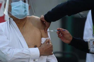 Brasil ultima la adquisición de 30 millones de agujas para administrar vacuna
