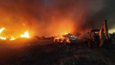 Incendio de gran proporción en el exvertedero de Minga Guazú