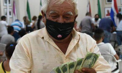 Más de 900 personas cobraron subsidios de emergencia – Diario TNPRESS