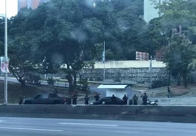 HOY / Fuerzas represoras del régimen de Maduro rodearon la vivienda de Guaidó
