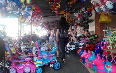 Gremio de comerciantes solicitó a Salud extender horario de atención por el Día de Reyes hasta las 02:00