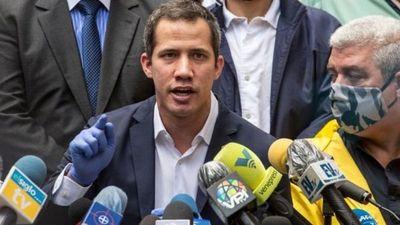 Venezuela: oposición extiende sus funciones en la Asamblea y chavismo alista su irrupción en el Parlamento