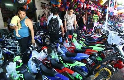 Vendedores sobre Eusebio Ayala pidieron a Salud extender horario de atención por los Reyes Magos