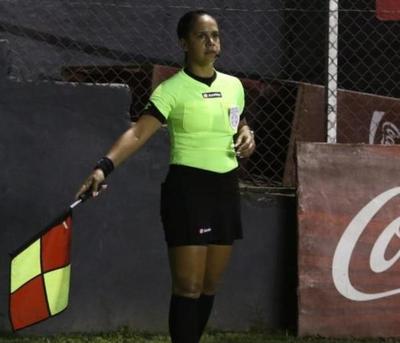 Se amplía lista de árbitros paraguayos con insignia FIFA