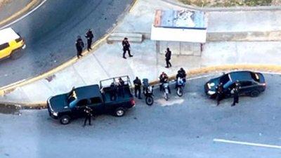 Venezuela: Fuerzas represoras del régimen de Maduro rodearon la vivienda de Guaidó