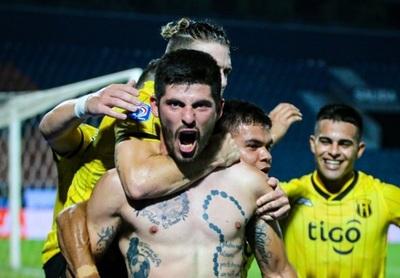 """""""Nos toca festejar a nosotros"""", dijeron árbitros, según futbolista"""