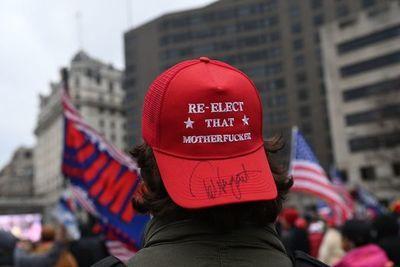 Partidarios de Trump se reúnen en Washington antes de certificación del triunfo de Biden