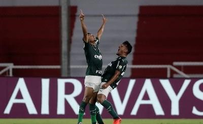 HOY / Palmeiras golea a un River Plate errático y acaricia la final