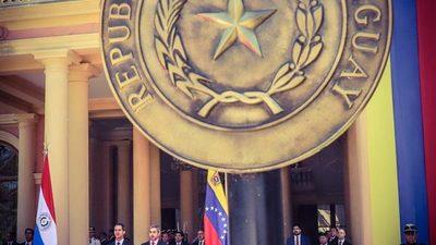 Entre enredos y contradicciones, Villamayor dice no poder acordar con Guaidó