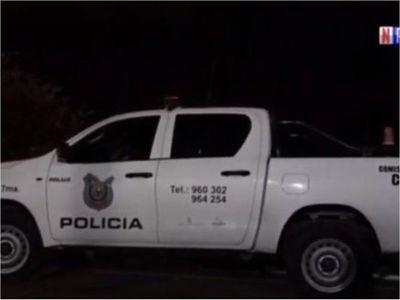 Motochorros matan de un balazo a joven para robarle su celular