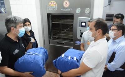 Entregan moderno esterilizador al Hospital Regional de CDE