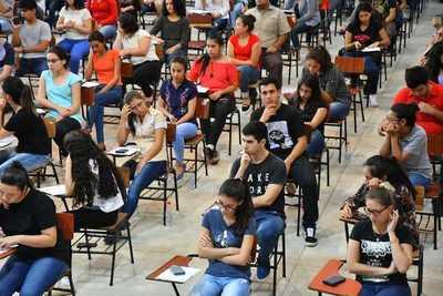 Exámenes para becas Itaipú-Becal serán desde este 16 de enero