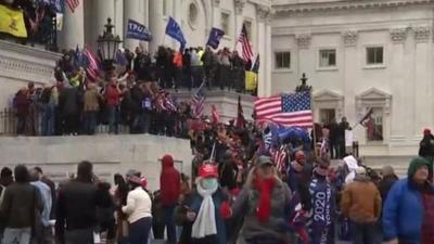 Declaran toque de queda en Washington por disturbios en el Capitolio